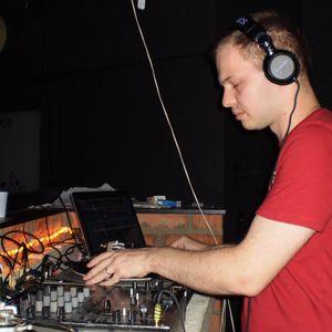 DJ Flow - Sixteen years behind turntables