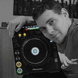 DJ Burnatix House/Electro