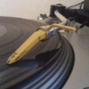 vinyl. ganz schön aus der übung, aber für mal eben schnell hingebrettert <3