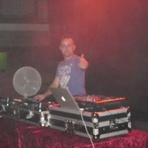 DJ. LOMBRIX.....vol 3......1 octubre 2011...tech-house desde Girona.SPAIN