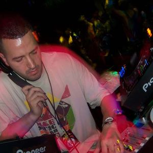 WQFS 90.9 fm House Music Mondays_Mixed by Tony Jesus_06.12.17