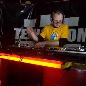 Vadz - vinyl mix @ Technoprom (Moscow, December 2008)