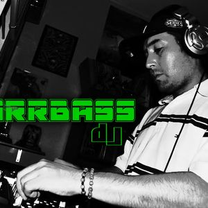 Accionando la energía jovial absoluta-Dj BarrBass mixtape
