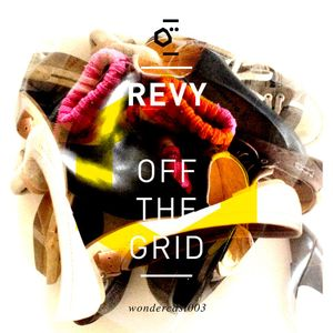Wondercast003 Off The Grid by Revy