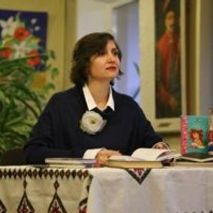 Літературні вечорниці з Мар'яною Савкою