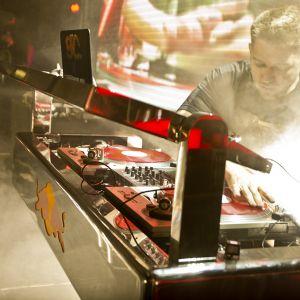 DJ Goldenchyld - USA - National Final