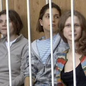 Radio Dada - August 2012 - Girls allowed