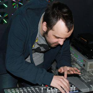 Radio Dog @ Glory Day, 29.04.12 / Garage music bar