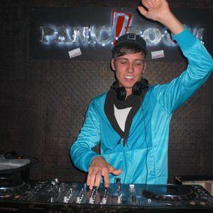 Fabian/o at panic room shanghai - they call us krauts - 07.05.2011