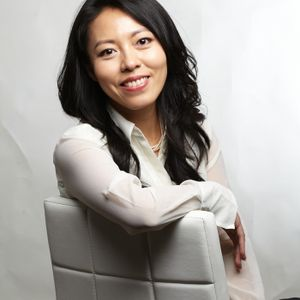 """How Small Biz Owners Can Sell to Big Clients"" with Sales Coach Melinda Chen"