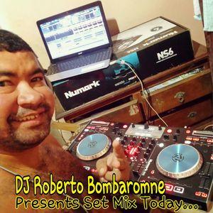 Set Mix By DJ Roberto Bombaromne #EDM #dj's #DJ #dj #basshouse #deephouse
