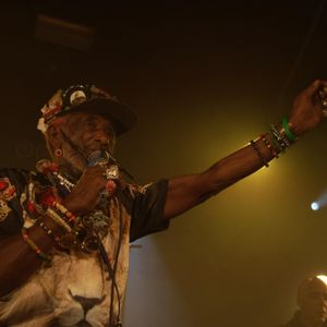 LEE PERRY - 2011 02 24 @ RIS ORANGIS Le plan Soundboard or Excellent AUD