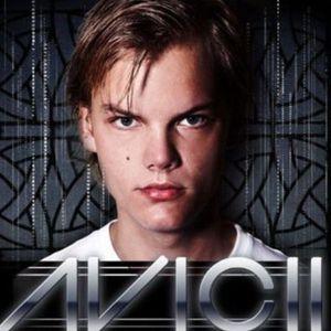 Avicii – Especial Top Djs (Maxima FM) – 06-05-2012