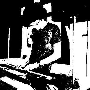 Shinji - Live @ La Pointe Lafayette 14/05/2011 (Computer & Synths Recording)
