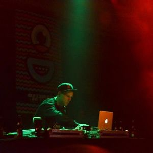 Chase Mixes 19: Funkmaster Frits (Radioshow on 11/01/2013)