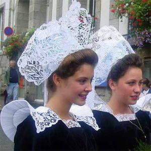 Bretagne Folk music (Breizh - Malicorne - Denez Prigent - Tri Yann- Gilles Servat - Lisa Gerrard)