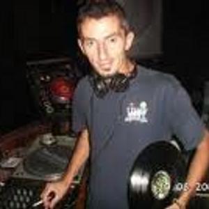 DEDICADA A MI GENTE DEL POLIGONO CANYELLES Y A DAVID,UN DJ DE LA EPOCA YA FALLECIDO.GRACIAS!