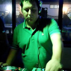 Dj Fonzie Ciaco 90's mixing 4 U volume 2