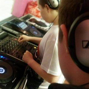 Ross's Mix - Lagan Village Youth Club - DJing OCN Level 1