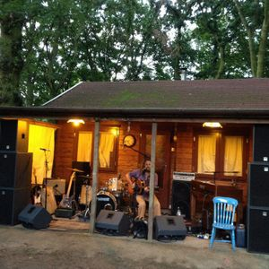 Band Chalet