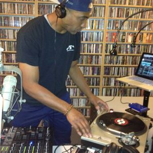 89.5 WPKN DJ C-Kaos. ADrift In the Airwaves Radioshow 4/22/2014
