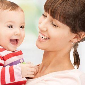 10 Ways to Support Breastfeeding Moms