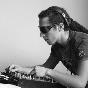 Pool DJ 04-08-2010