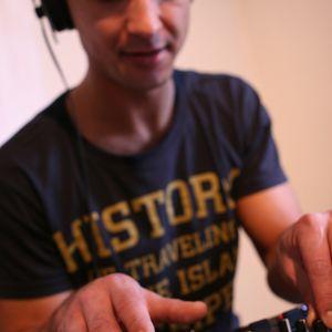 Kontact Tracks -Arie_J's 30min 115BPM Helsinki radio