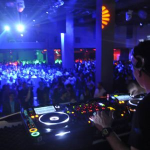 Tini Tun_Warm up for John Digweed at Cookie's Mexico City June 19th, 2015 part I