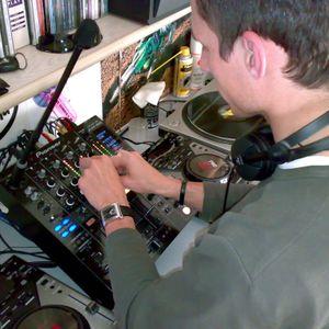 2005.10.01 - Xque Aburro Mix - Aguayo Vs Rene