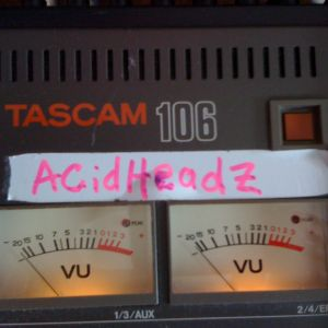 AcidHeadZ - Mr South on www.genesis88radio 2nd June 2012  Acid Never Dies !