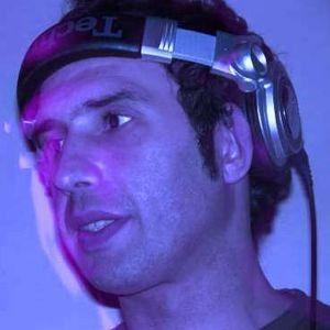 LUIS ZERILLO LIVE TECH ! @ DE LA OSTIA 4.6.2010 .PT1