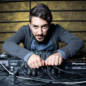 In The Tech - House MOOD • Federico Formica • September,017
