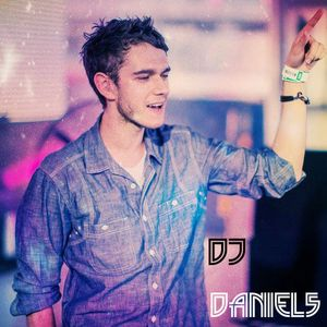 [Game Over Tribute - ZEDD ] - (DJ Daniel5)