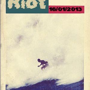 SURF ' N ' RIOT intervista Alessandro Onofri campione italiano di SUP