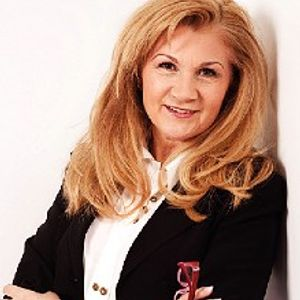 Therese MacCarthy of MacConsulting on how to sell yourself and your business on the Business Eye