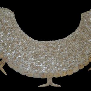 Vestimenta de Oxtankah por Hortensia de Vega