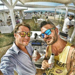 B2B - Thomas Carbone and DJ Howsik in Oktagona beach Club (Brindisi, Italy)