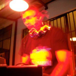 dj set from radioshow RESETCLUB 21 MAGGIO 2011