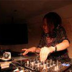 DJ Moe't techno mix (dance with 0079 DJs)