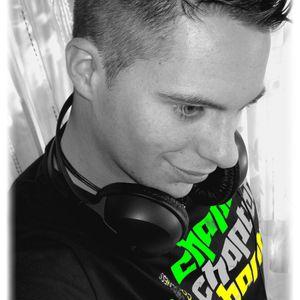 DJ Bass-P - Sommer feetz 2012 ( Techno )