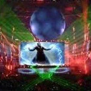DJ FRANK TENERIFE AL CONTROL DE LOS PLATOS..........