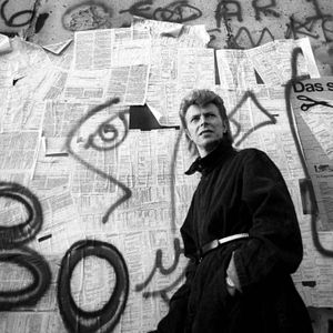 60HZ / Black Star in Berlin / David Bowie /  Julia Zange reporting live from Hauptstraße 155 /