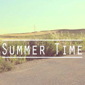 Summer Groovin' Mixtape