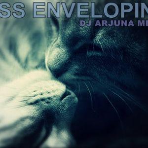 Arjuna Melo - Kiss Enveloping