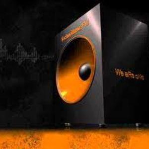 HandsUp Vol.2 - 2012 mixed by DJ DeLa