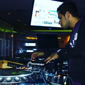 "DJ GREGGDARRYL- warm up  ""PLAY"" Nens Club"