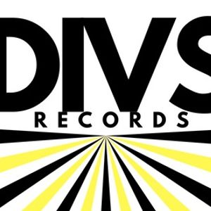 The Divs Records Show - X