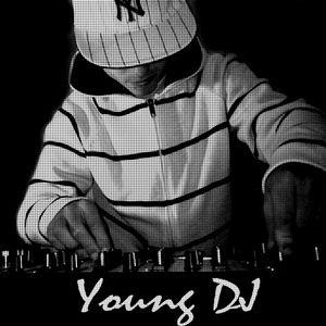 Young DJ - Mixtape Live Edition