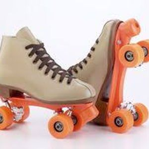 Flashback: Rollerskatin', Rhymes, Breakin' and Scratchin'